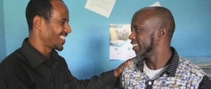 Ethiopia_Megersa_Abata_congratulates_Abdela_Muhammed_Ahimed_E_cropped_0